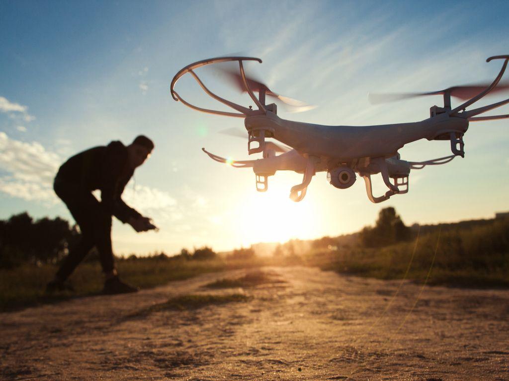 Drones i robotika